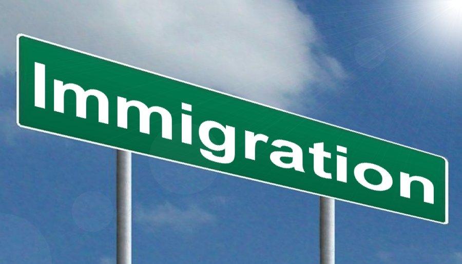 アメリカの入国審査は厳しい!使える英語と乗り継ぎ対策を確認!